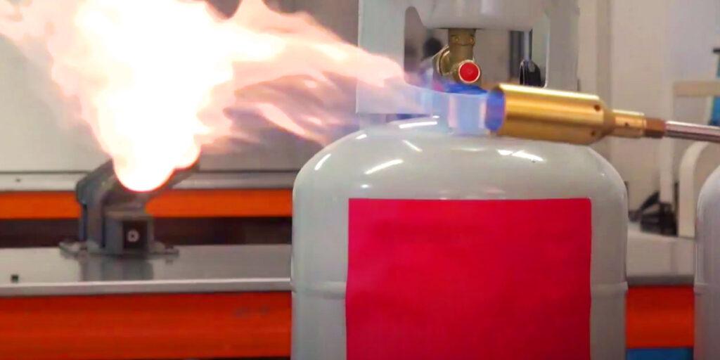 Hydrocarbon refrigerant demonstration