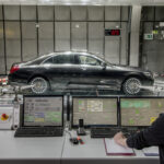 Mercedes-Benz S-Class with R744 AC system testing at a simulated 32km/h in a chamber set to 40°C and 40% relative humidity.