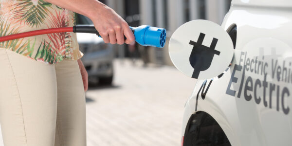 EV battery capacity to double for half the cost by 2020