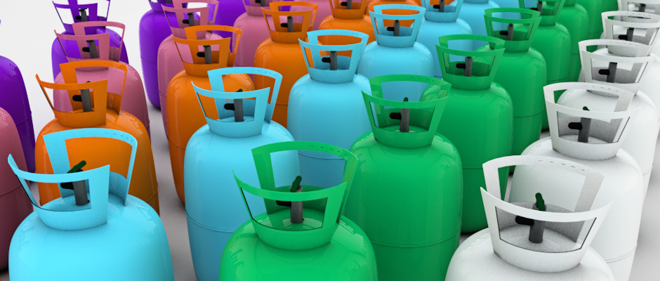 Coloured refrigerant cylinders