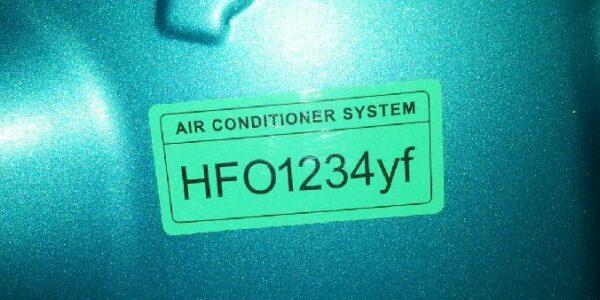 Snapshot of NZ new car AC refrigerant